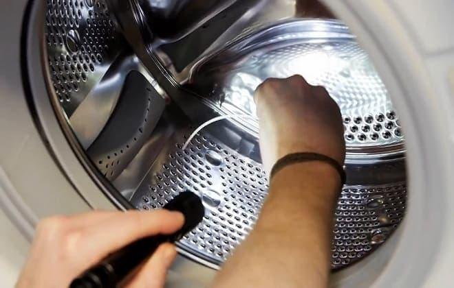 Посторонние предметы в баке стиральной машины