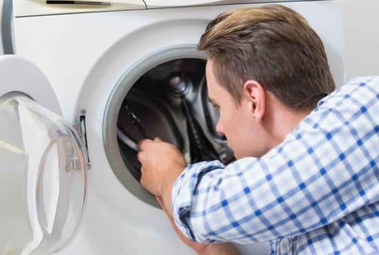 10 причин, почему раздаётся стук в стиральной машине при отжиме или стирке