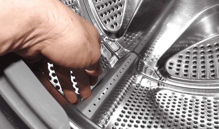 Посторонний предмет в баке стиральной машины