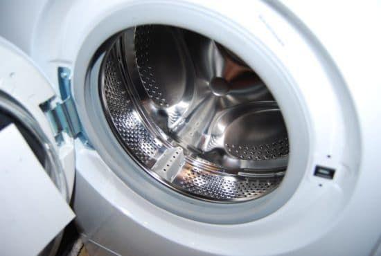 9 причин, почему стиральная машина не крутит барабан