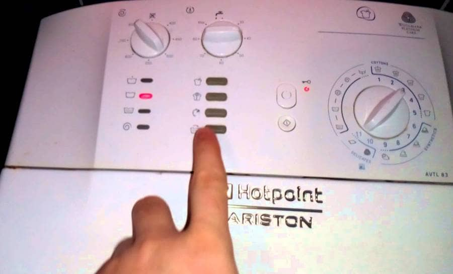 Ошибка F12 в стиральной машине Ariston